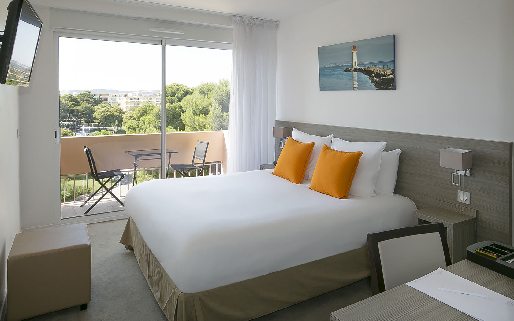 hotel-des-thermes-best-room-languedoc-roussillon