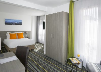hotel-des-thermes-family-room-pmr