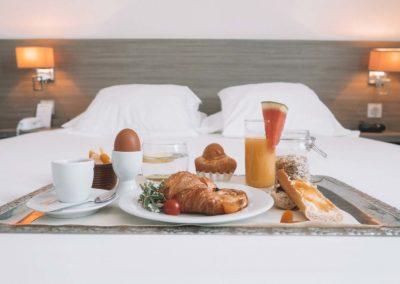 hotel-des-thermes-chambre-confort-petit-dejeuner